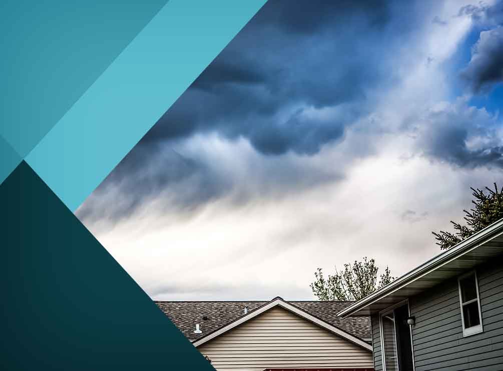 A 4-Step Guide to Dealing With a Storm-Damaged Roof